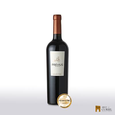 """1 botella de Previus de Neptis """"A la carta""""."""